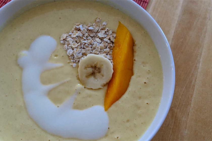 Fruchtig, frische Buttermilch-Suppe